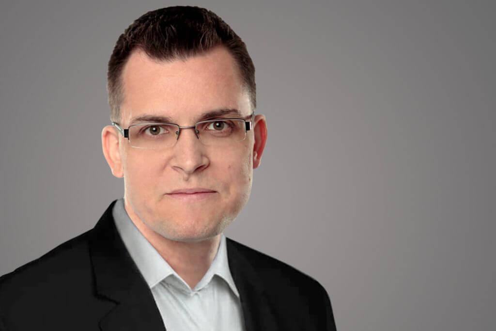 Zoltán Ormándi, Senior Technical Consultant